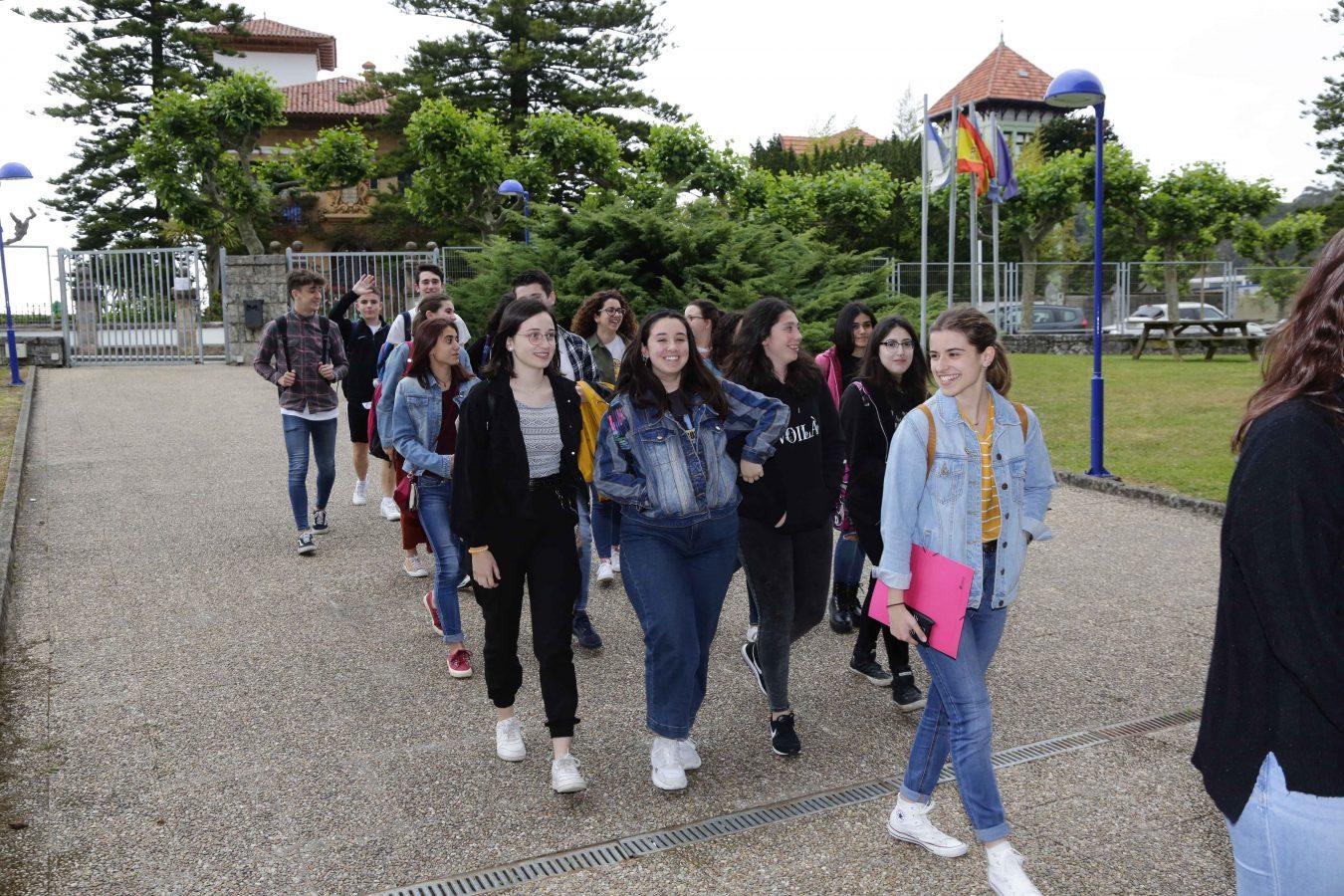 109 bachilleres de la comarca iniciaron hoy en Ribadesella las pruebas de acceso a la Universidad