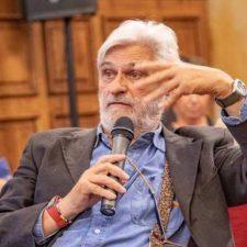 El cangués Fernando Comas repite como vicepresidente de la Asociación Nacional de Informadores de Salud (ANIS)