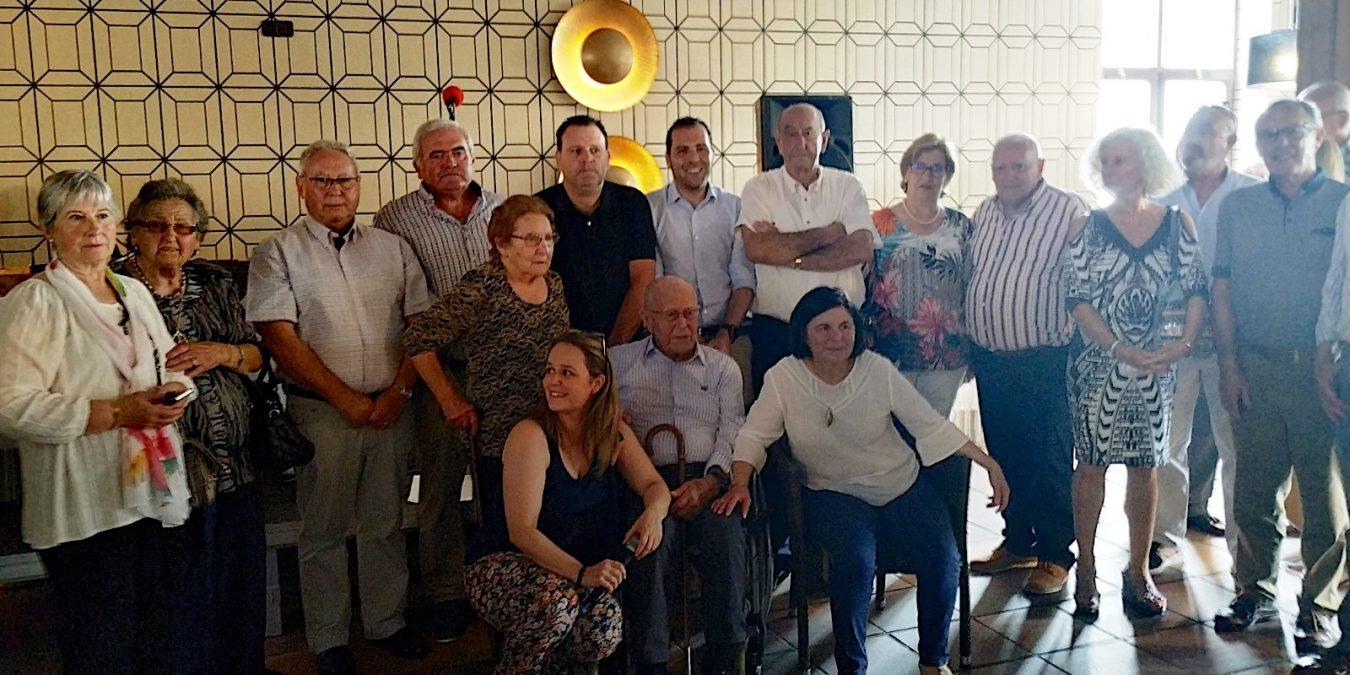 Homenaje de los mayores de Onís a Luís Huerta Remis