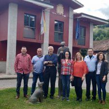 Pleno monocolor socialista en el Ayuntamiento de Onís