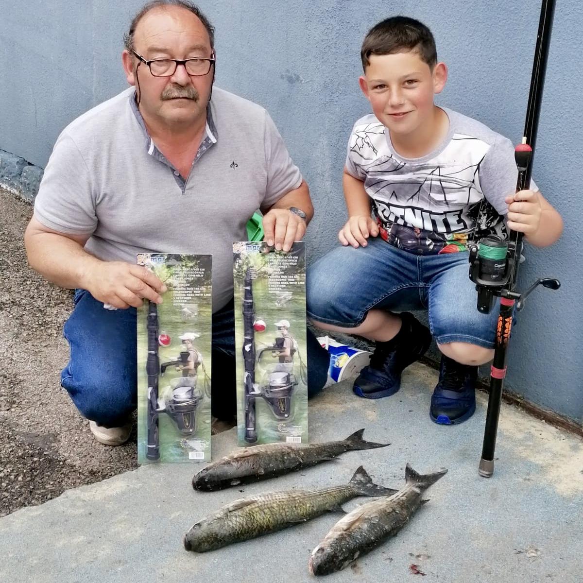 Alex vuelve a ganar el Concurso de Pesca Infantil de las Fiestas de Guía en Ribadesella