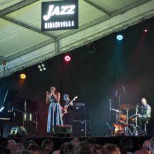 Tricia Evy revive a Louis Armstrong en el Festival de Jazz de Ribadesella