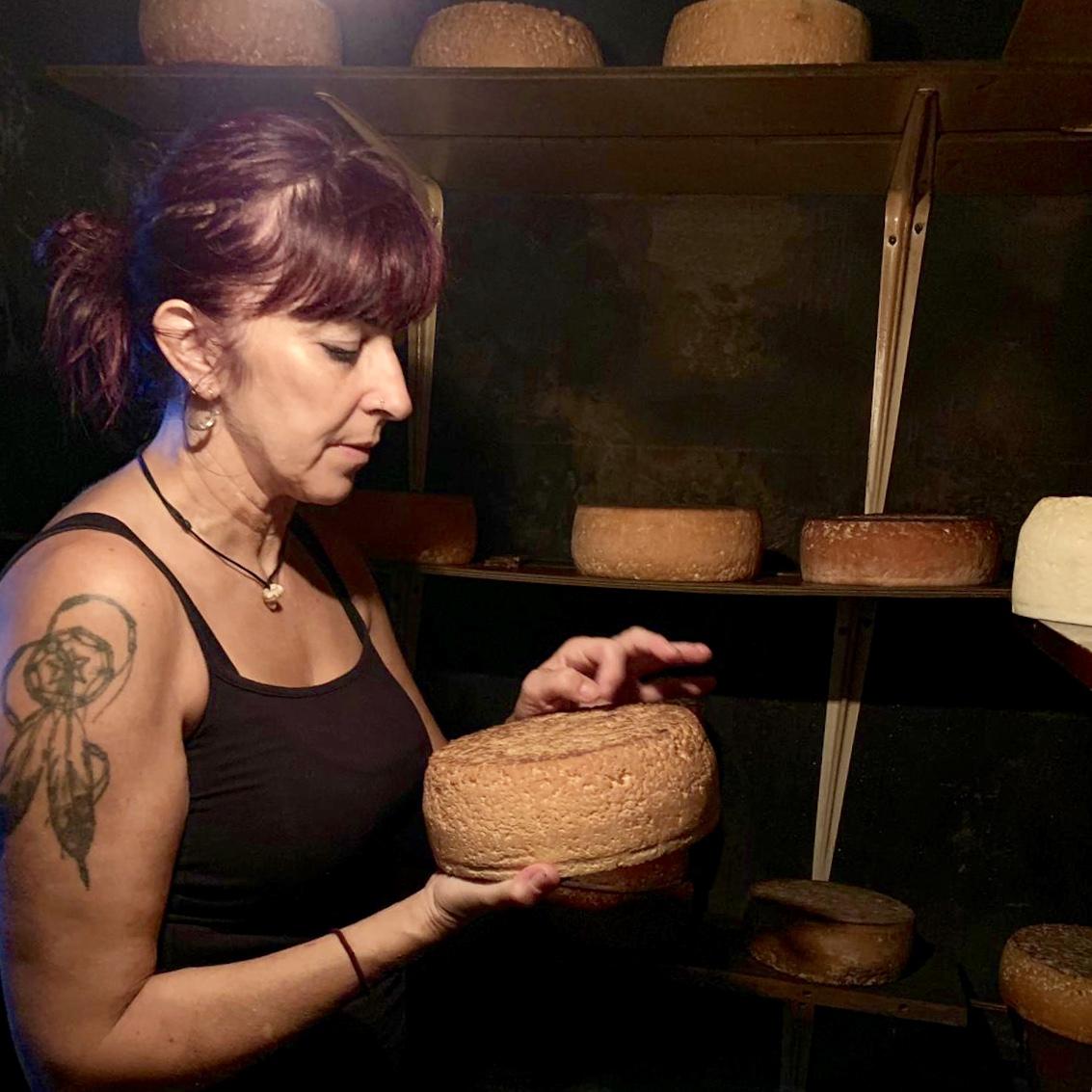 Las llamas de Parda devoran la primera producción de queso Gamonéu ecológico