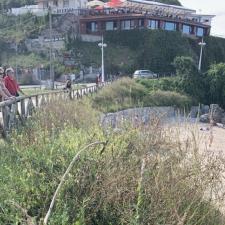 El PSOE de Llanes denuncia la falta de limpieza en los espacios públicos del concejo