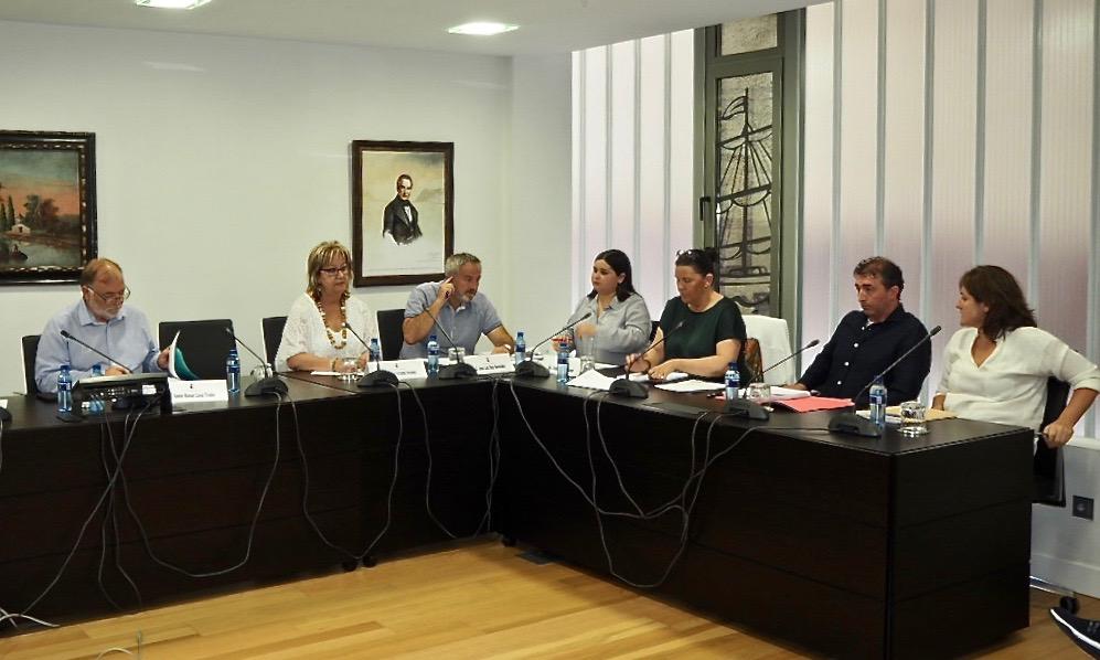 Sacyr gestionará el agua de Ribadesella gracias a los votos de PSOE y Foro