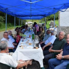 Los vecinos de San Pedro (Ribadesella) celebran su costillada anual