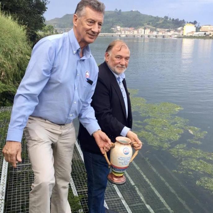Las aguas del Sella listas para hermanarse mañana con las del río Lima en Portugal