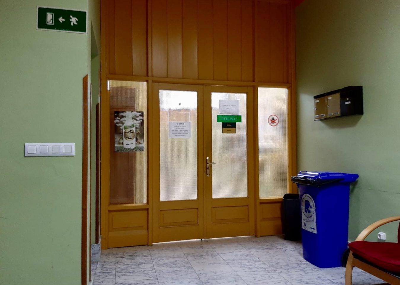 El Ayuntamiento de Parres otorgará ayudas directas de hasta 500 euros a su tejido empresarial