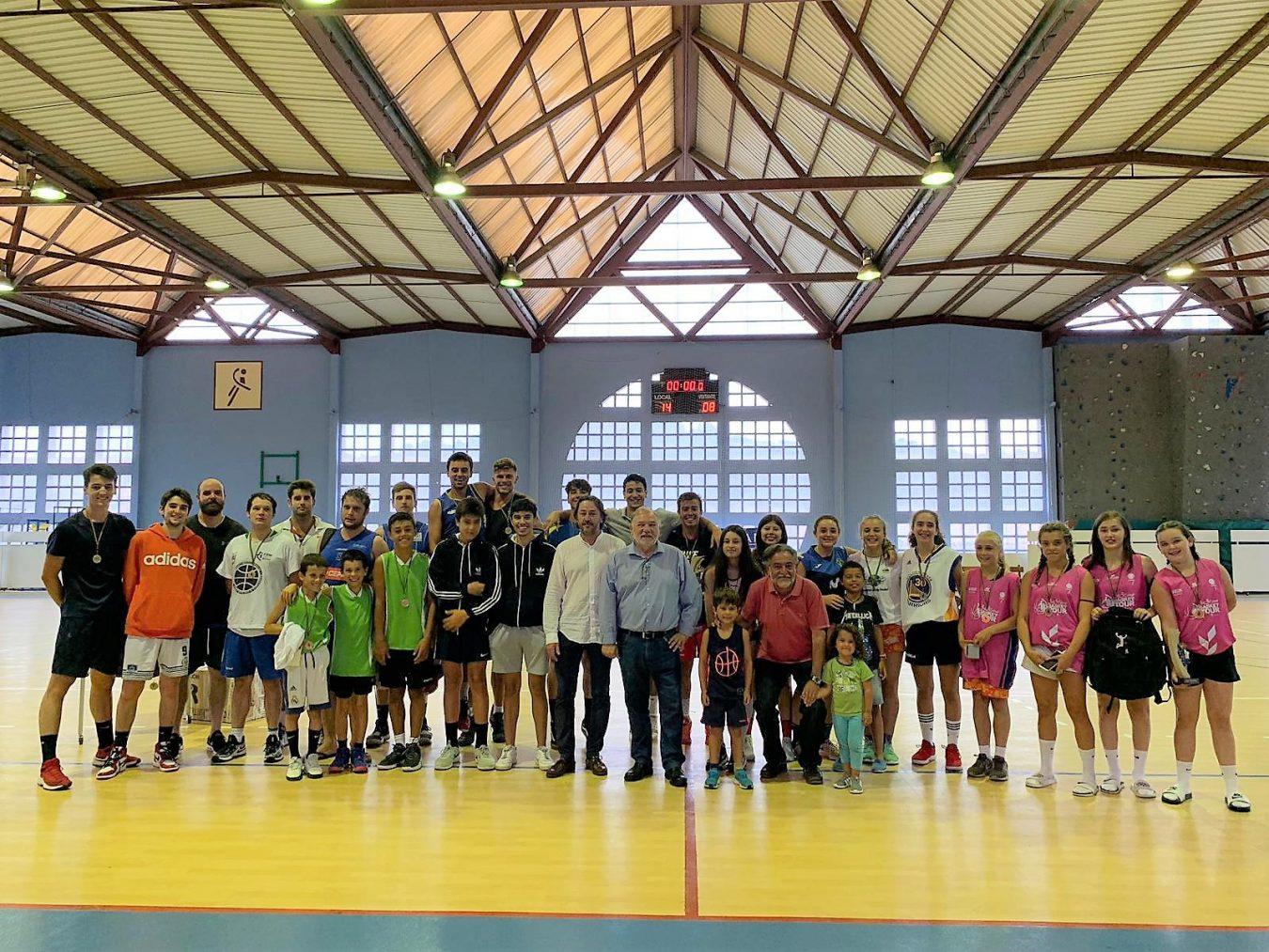 Los Monilejos ganan el V Trofeo Pepu Hernández de Baloncesto en la Calle 3×3 de Ribadesella