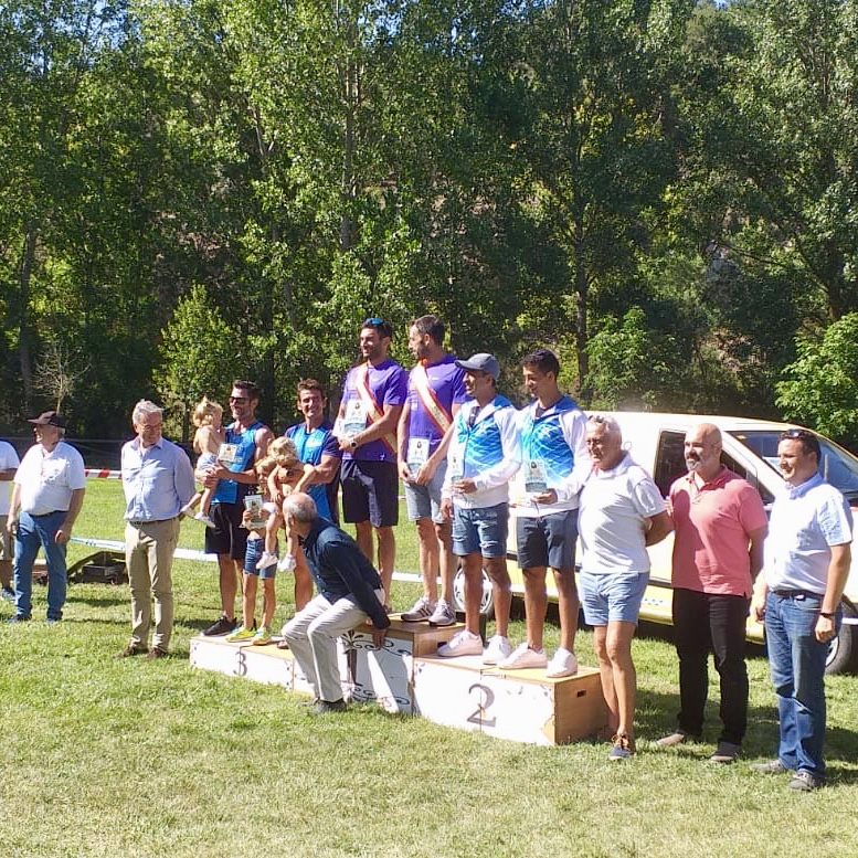 Bouzán-Estomba ganan el 55º Descenso Internacional del Pisuerga