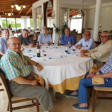 60 años cultivando la amistad en Ribadesella y entorno a una mesa