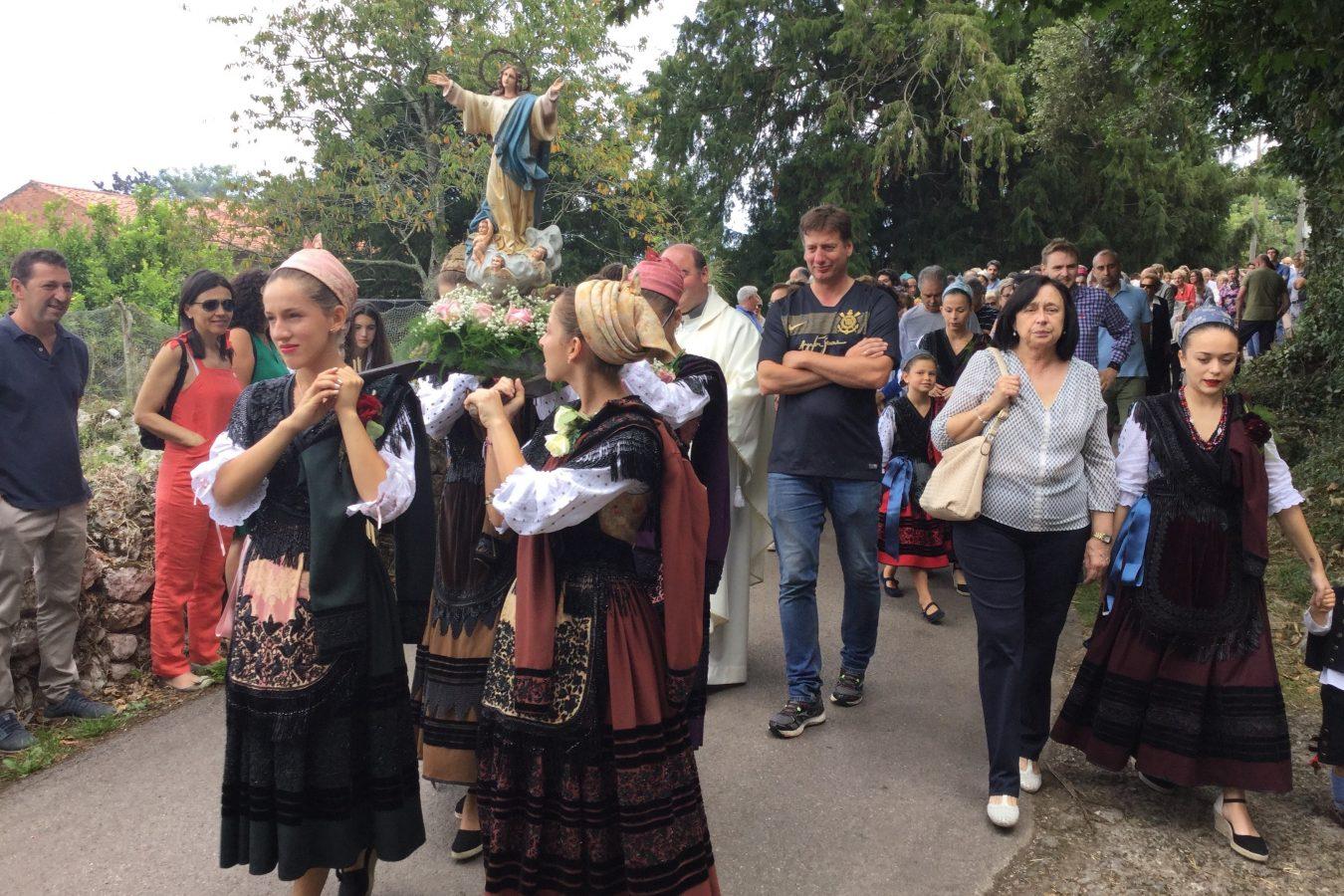 Meluerda se viste de gala para festejar La Velilla