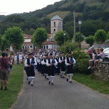 La Virgen de Castru regresa a su capilla en Benia de Onís