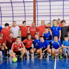 Las Viejas Glorias ganan el partido de fútbol del Castru de Onís
