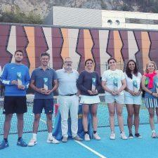 Cristina Lomas y José María García ganan el Open de Tenis de Ribadesella