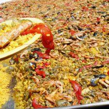 Una paella gigante intentará revitalizar la fiesta de Santa Marina en Ribadesella