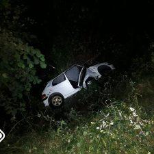 Un chaval de 19 años herido de consideración tras caer por un desnivel de tres metros cerca de Bustio (Ribadedeva)