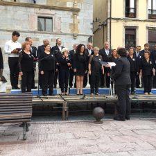 El Festival de Habaneras de Ribadesella se celebra con la actuación de tres de las cuatro corales previstas