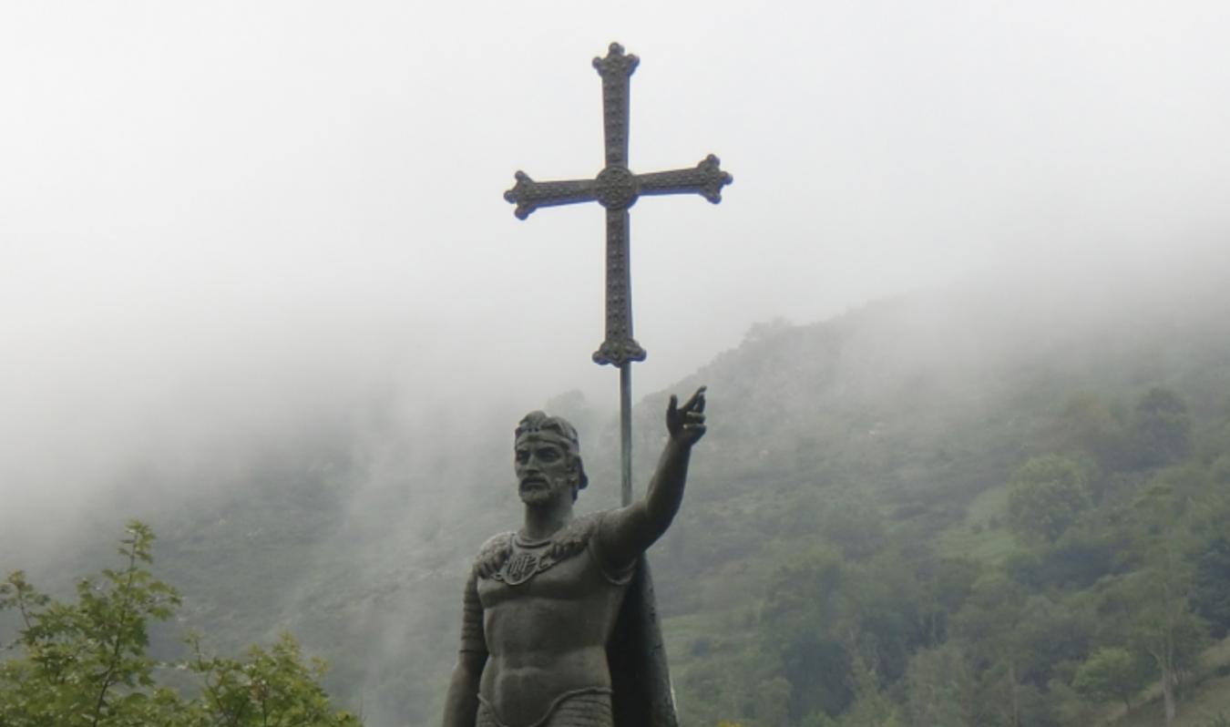 El Real Sitio acoge mañana la segunda reunión de Covadongas y Pelayos, el evento Arraigo