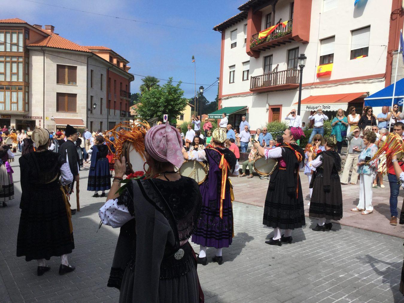 Nueva celebra el día grande de las Fiestas del Santo Cristo del Amparo