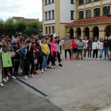 Estudiantes de la comarca se concentran contra el cambio climático