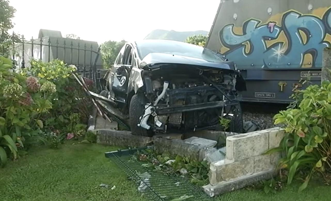 Los vecinos de Quintana (Llanes) piden el cierre del paso a nivel donde esta mañana fue arrollado un vehículo