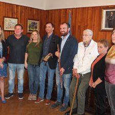 El máximo responsable del fisco panameño busca sus raíces en el concejo de Piloña