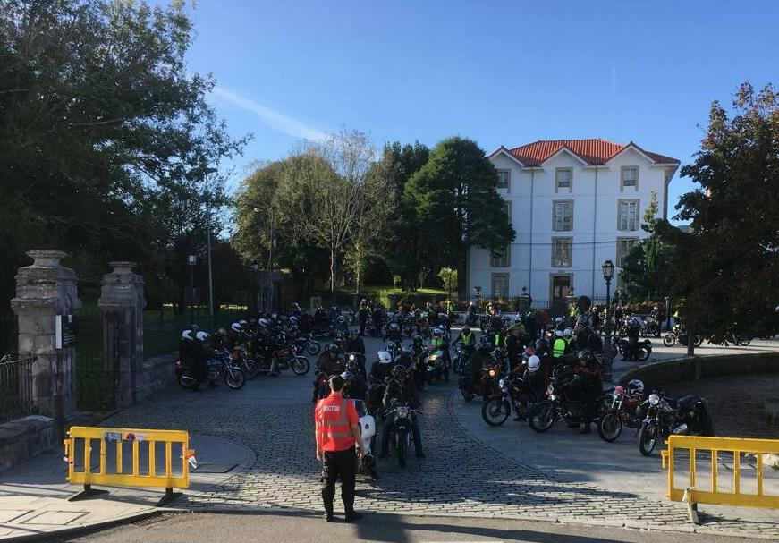Colombres acoge hasta el domingo el VIII Rallye Europeo de Motos Clásicas