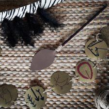 El Centro de Arte Rupestre de Ribadesella acogerá un taller de adornos prehistóricos este fin de semana