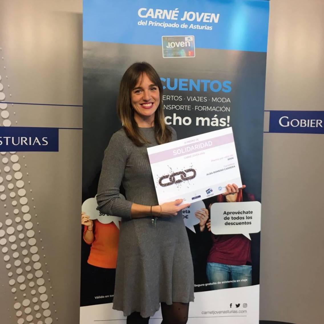 La Asociación Alienta, impulsada por Alba Romero, gana el Premio de Solidaridad Carné Joven 2019 del Principado de Asturias