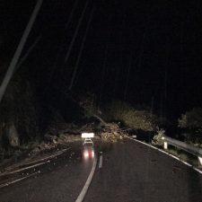 Otro argayu corta la carretera de Sotres (AS-264) en el concejo de Cabrales
