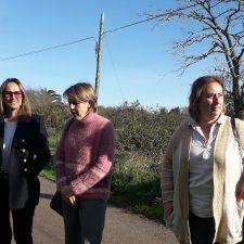 Rita Camblor visita Colunga para proponer soluciones a los saneamientos de Lue y Güerres