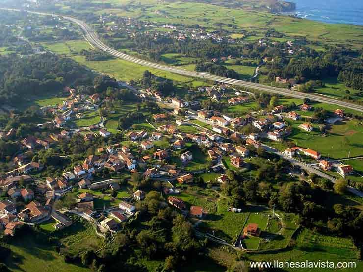 2.126 vecinos de 25 pueblos de Llanes se incorporan a la red de alcantarillado gestionada por Asturagua