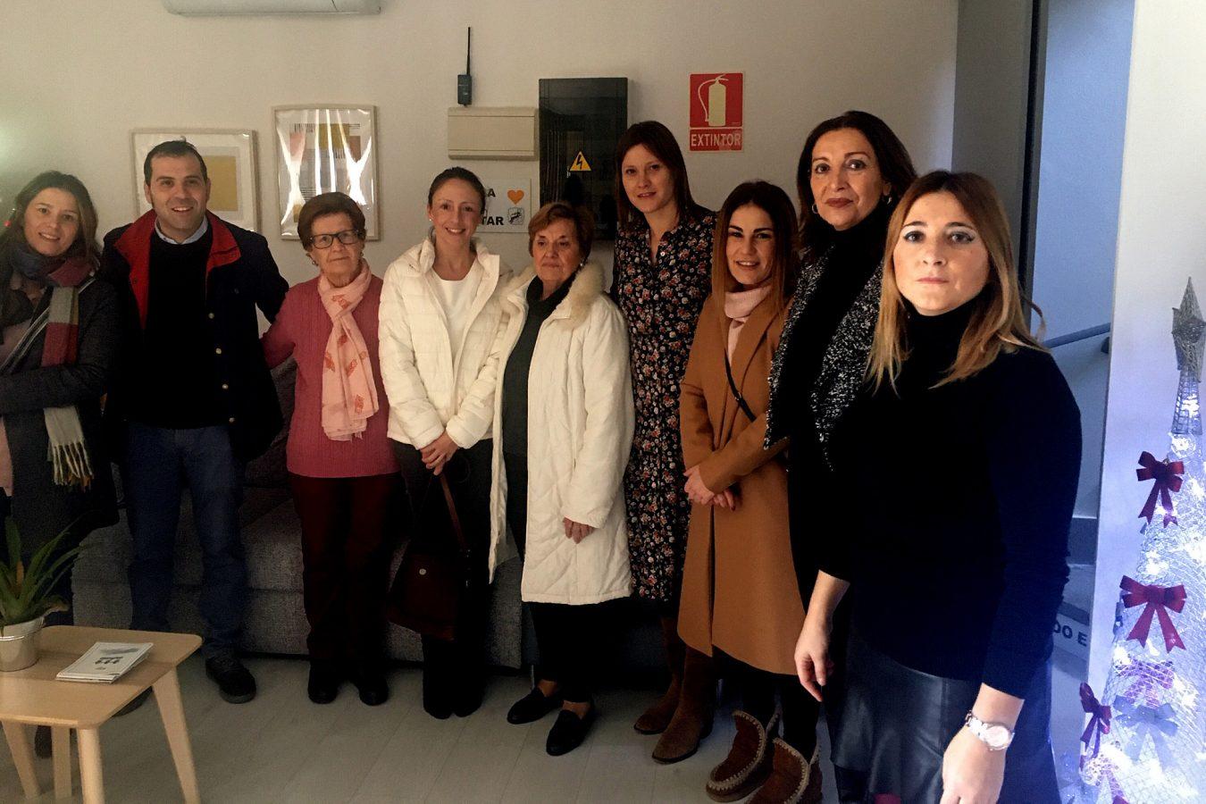 Visita de la Consejera de Derechos Sociales a la Asociación Emburria de Cangas de Onís