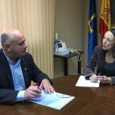 El alcalde de Peñamellera Baja pide ayuda al Principado para construir una residencia geriátrica en Panes