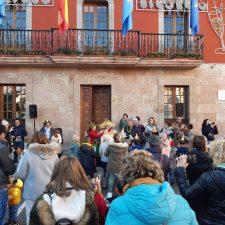 Nochevieja Infantil en la Plaza del Cañón de Arriondas
