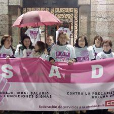 La ausencia de diálogo con los trabajadores de la Mancomunidad Llanes-Ribadedeva acaba en protesta