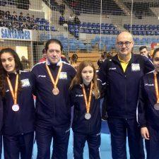 Cuatro riosellanas en el bronce del balonmano femenino asturiano en la Copa de España