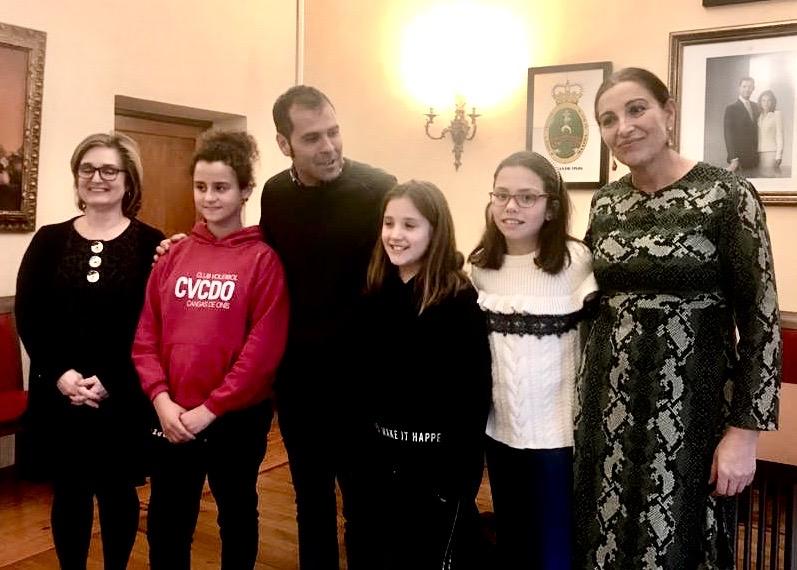 El alcalde de Cangas de Onís recibe por primera vez al Grupo de Participación Infantil del concejo