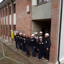La rehabilitación de la antigua escuela de La Roza de Parres finalizará en marzo