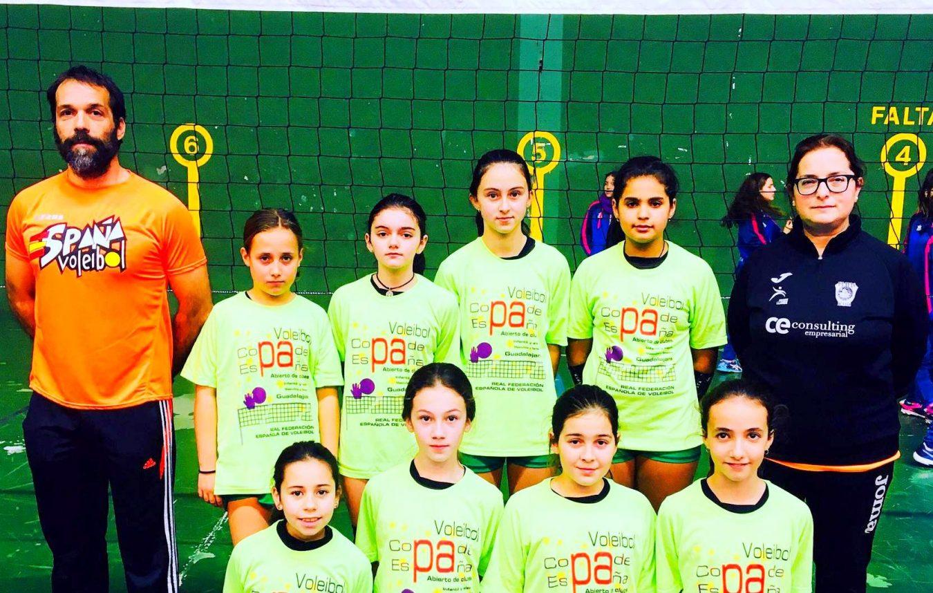 El equipo alevín femenino del Club Voleibol Playas de Llanes participa en Campeonato de Asturias