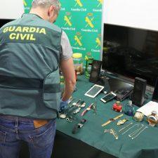 Detenida la banda que robó en varias viviendas de Piloña, Nava y Siero