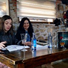 Aida Sandoval presenta en Sirviella de Onís la novela Golpes de Memoria