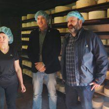 El IPLA retomará los estudios para dotar con nuevas cuevas de maduración al queso Gamoneu