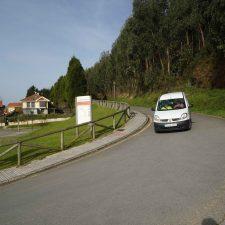 La carretera del Faro de Ribadesella busca propietario