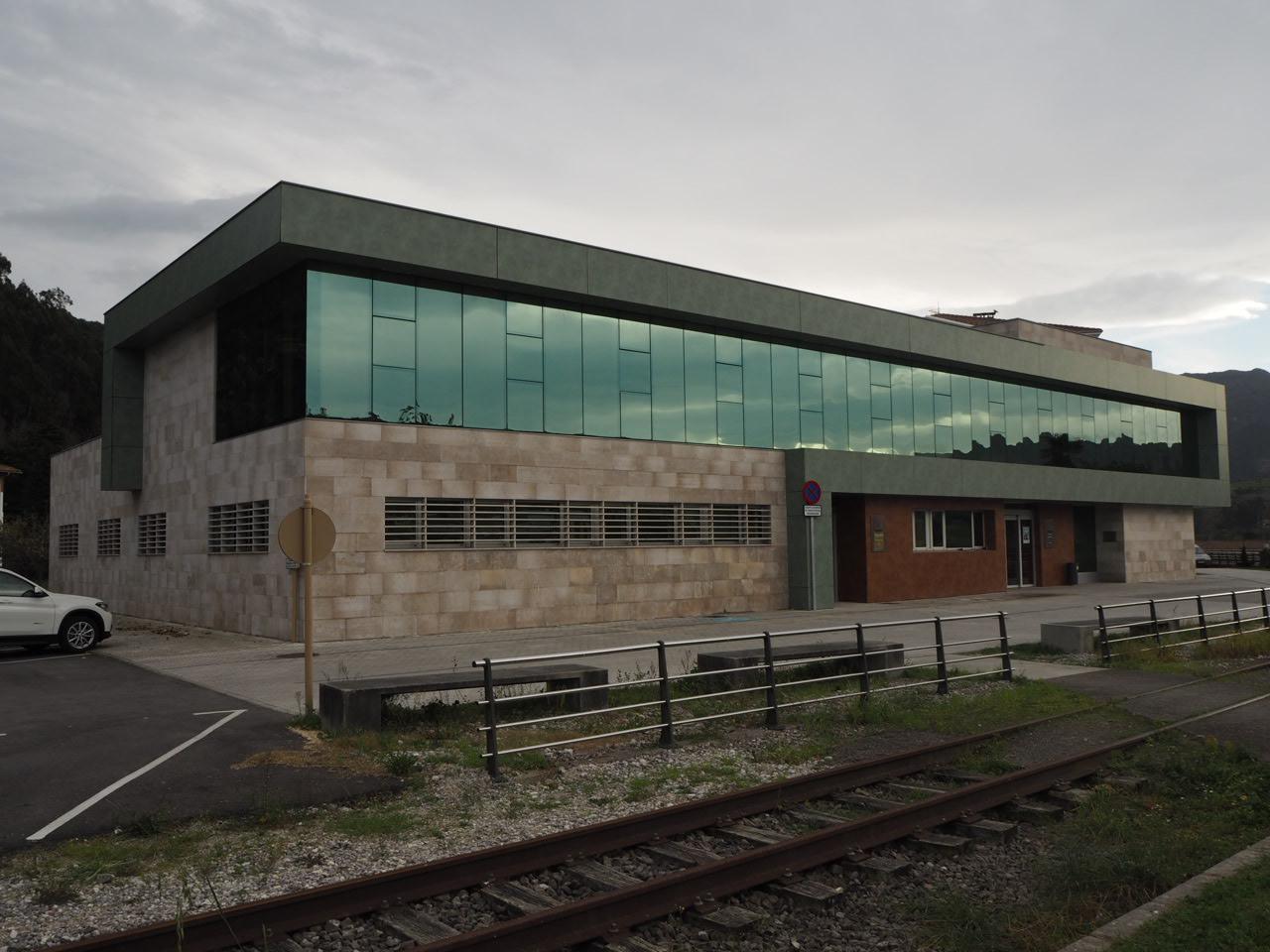 El Principado reforzará las consultas de tarde en cinco centros de salud del oriente de Asturias este verano