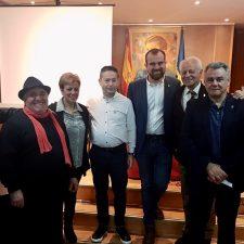 Piloña presenta en Madrid los Encuentros Poéticos Les Cuerries de Espinaréu
