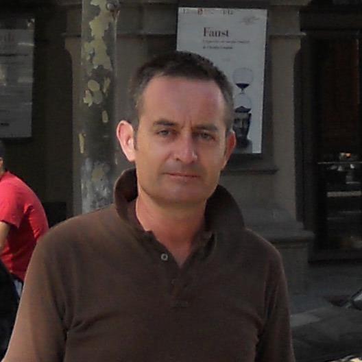 Modino quiere convertirse en el primer presidente asturiano de la Federación Española de Piragüismo