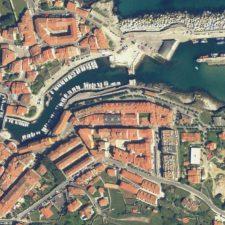 Llanes exige el inmediato dragado del puerto pesquero y la limpieza del deportivo por salud pública