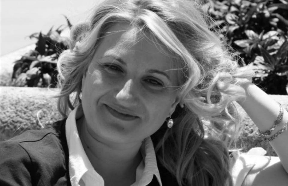 Miriam Martínez, directora de la Coral Polifónica Piloñesa, distinguida con el Premio Axuntábense 2019